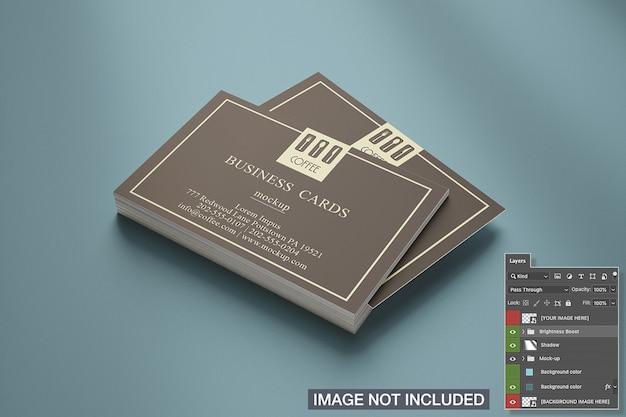 Primer plano de maqueta de pila de tarjeta de presentación horizontal
