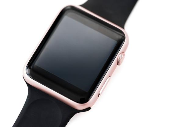 Primer plano de maqueta smartwatch aislado sobre fondo blanco