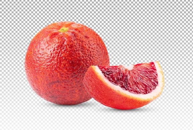 Primo piano su arancia rossa con fetta isolata