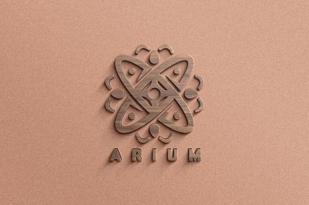 Primo piano sul mockup del logo in struttura di legno 3d