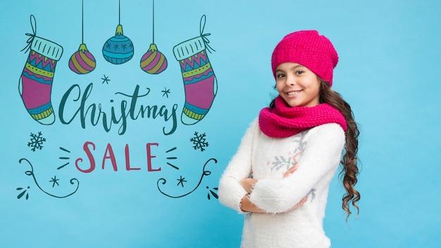 Promociones navideñas presentadas por niña