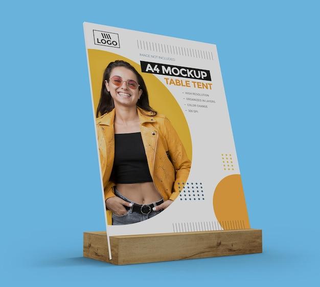 Promotionele tafeltentmodel voor a4-display