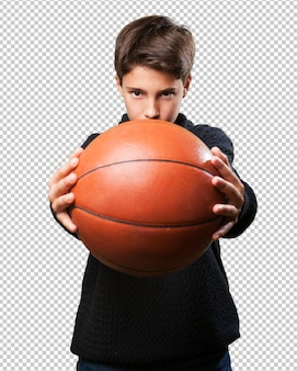 Ragazzo giocando a basket