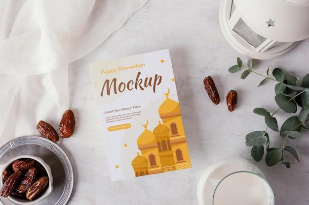 Ramadan flyer bovenaanzicht mockup