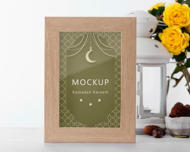 Ramadan frame mock-up samenstelling