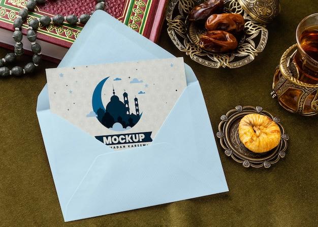 Ramadan print mockup met envelop