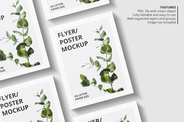 Realistisch papier of flyer brochure mockup-ontwerp
