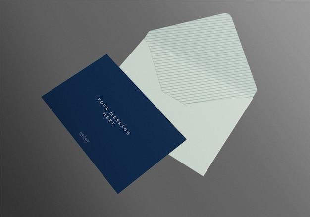 Realistische envelop mockup ontwerpsjabloon
