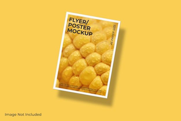 Realistische zwevende flyer brochure mockup