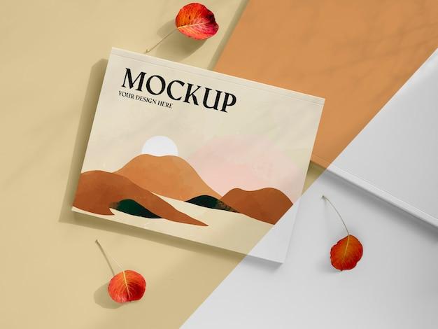 Revista y arreglo de hojas en plano.