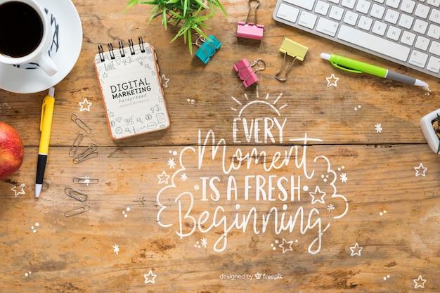 Roba da scrivania con messaggio motivazionale