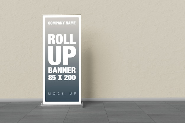 Rollup mockup en la pared