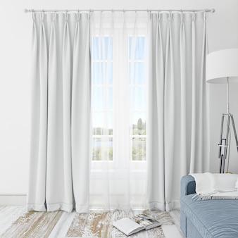 Sala interna con tende bianche
