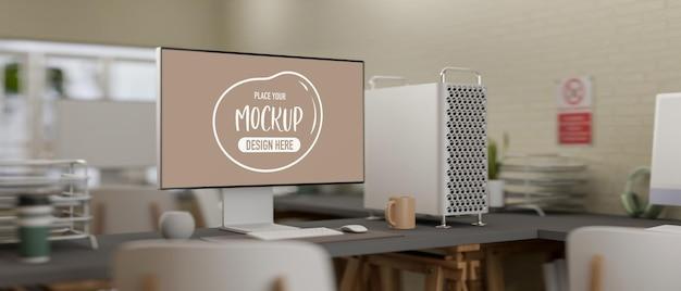 Sala de oficina de renderizado 3d con maqueta de computadora