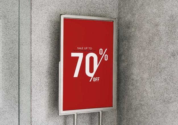 Saldi fino al 70% di sconto sul mockup del poster