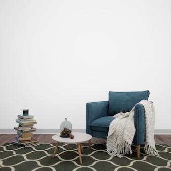 Salón decorado con sillón y libros.