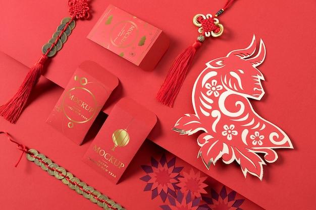 Samenstelling van chinees nieuwjaar isometrische mock-upelementen