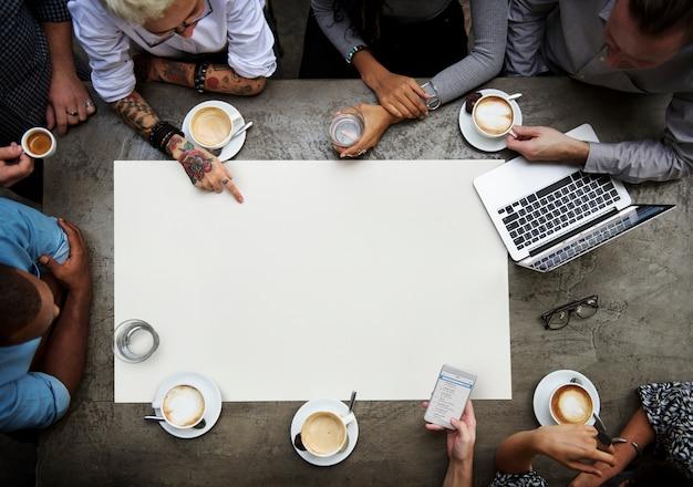 Samenwerking verbindingsgroep eenheid brainstormen