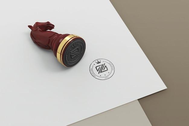 Schaken stempel logo mockup design