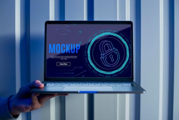 Seguridad digital en la pared