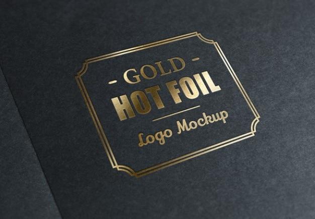 Sello de lámina metálica con el logo de oro