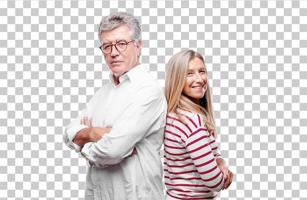 Senior cool marito e moglie in piedi lateralmente, con un aspetto fiero, soddisfatto e felice