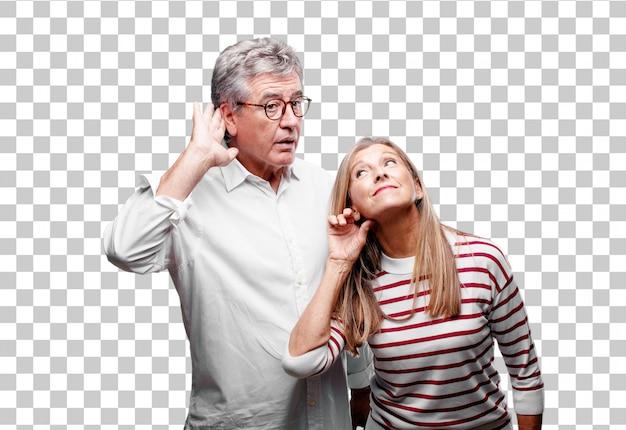 Senior cool marito e moglie prestando attenzione