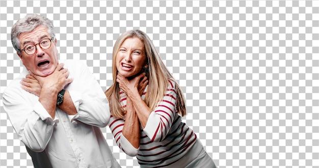 Senior cool marito e moglie urlando, guardando sorpreso