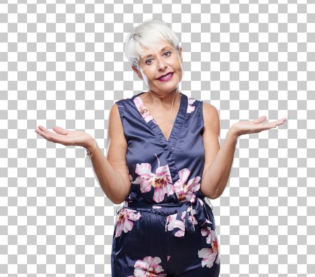 Senior coole vrouw met een vragende en verwarde blik, twijfelt tussen verschillende keuzes