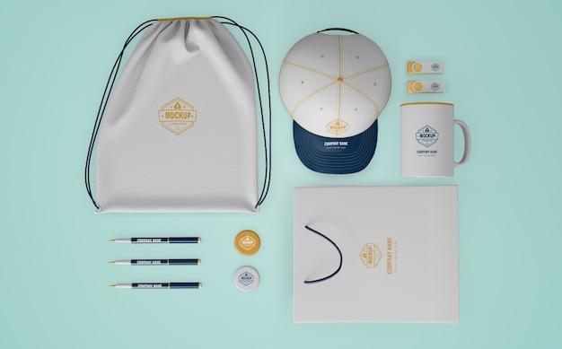 Set merchandisingproducten met bedrijfslogo