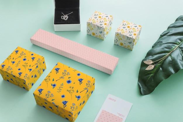 Sieraden en verpakking mockup concept