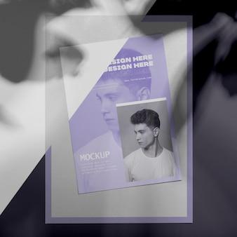 Simulacros de superposición de sombras de folletos