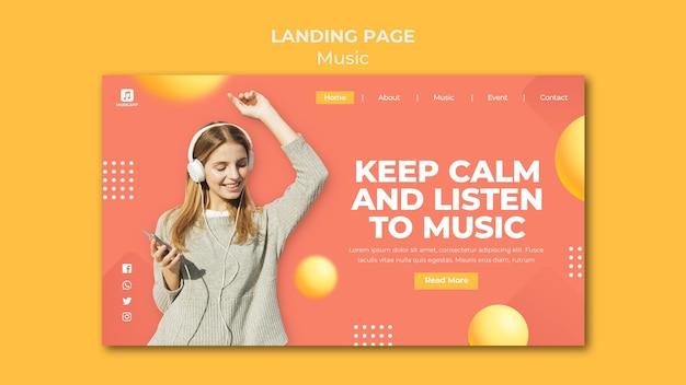 Sjabloon voor bestemmingspagina's voor het online streamen van muziek met een vrouw die een koptelefoon draagt