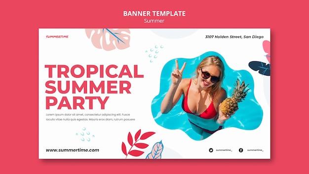 Sjabloon voor horizontale spandoek voor zomerplezier bij het zwembad