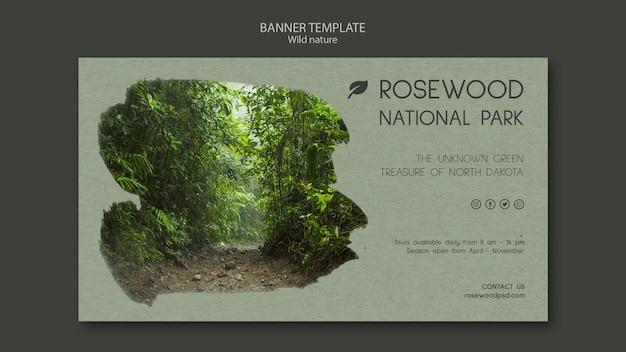 Sjabloon voor spandoek van rosewood nationaal park met bomen
