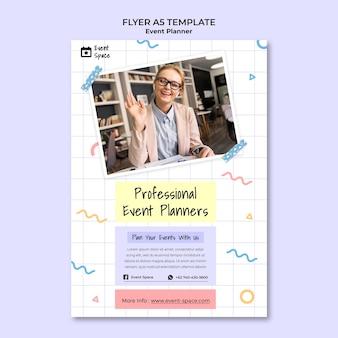 Sjabloon voor verticale flyer voor evenementenplanner