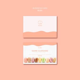 Sjabloon voor visitekaartjes met macarons thema