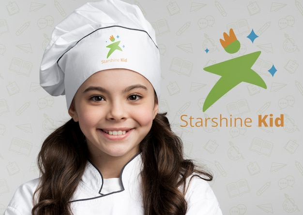 Sluit omhoog portret van jonge chef-kok