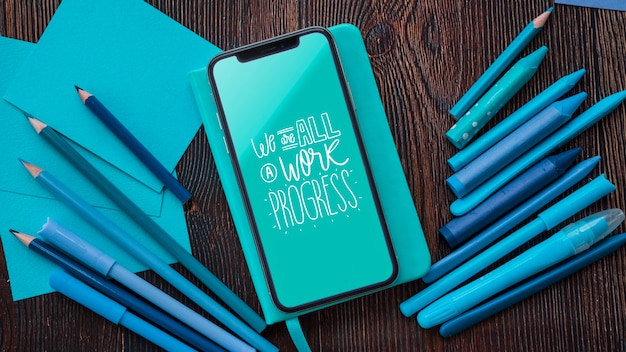 Smartphone e strumenti per opere d'arte