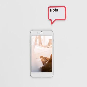 Smartphone mockup met tekstballon