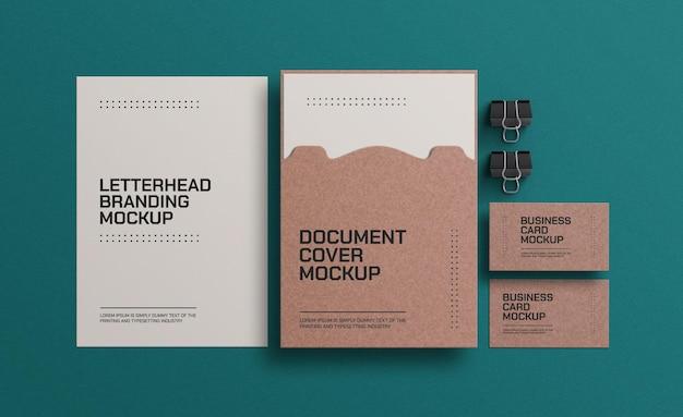 Sobre de papel artesanal con maqueta de documento a4