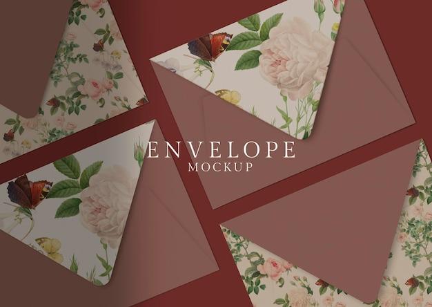 Sobre de tarjeta de invitación floral