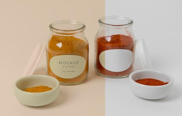 Specerijen met label mock-up samenstelling
