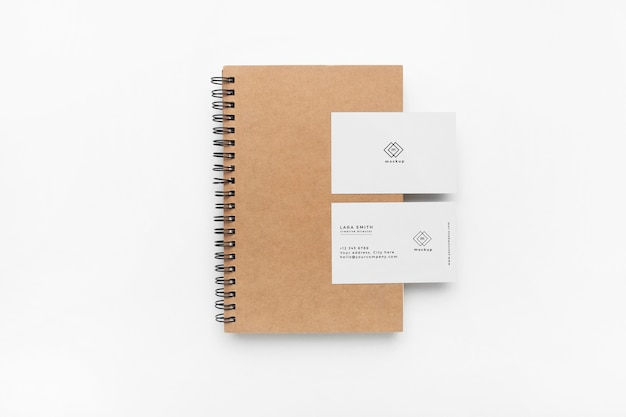 Stationaire mockup op witte achtergrond