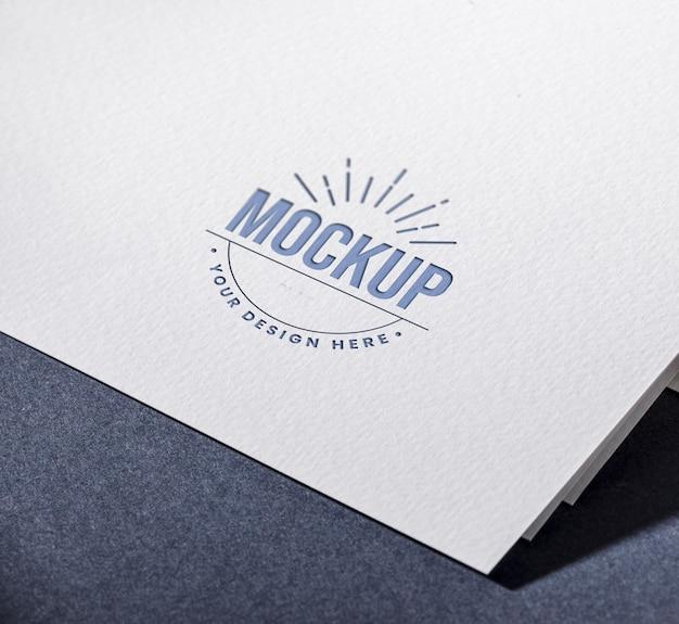 Su diseño aquí maqueta de tarjeta de visita
