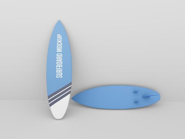 Surfplankmodel op witte achtergrond wordt geplaatst die