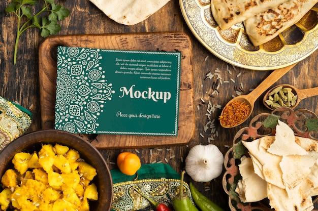 Surtido de deliciosa comida india