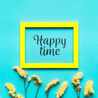 Surtido de flores concepto de tiempo feliz