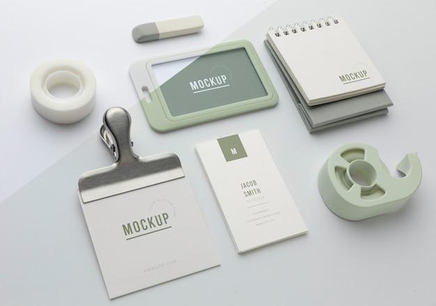 Surtido de maquetas de papelería moderna