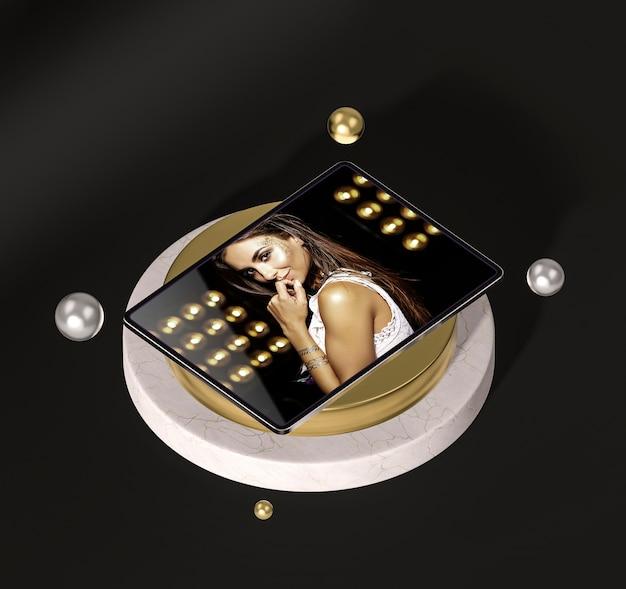 Tableta digital con mujer de moda
